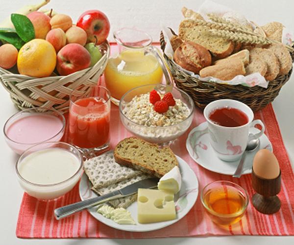 ¿Sabías que hay alimentos que mejoran la memoria? Descubre nuestra lista de alimentos beneficiosos para recordar con más facilidad.