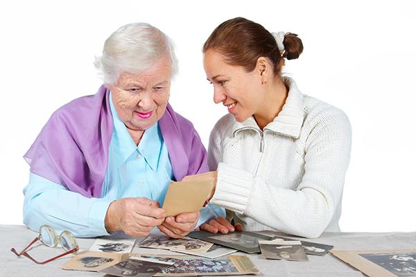 La pérdida de memoria a corto plazo dificulta las actividades cotidianas, pues este tipo de memoria está relacionado con la toma de decisiones.