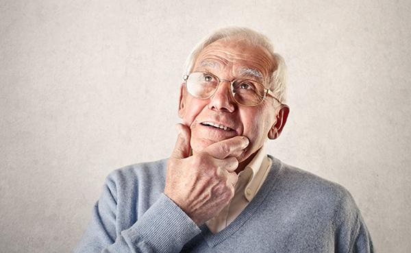 Muchas personas sufren ansiedad y depresión durante el Alzheimer y sólo en España existen entre 500.000 y 800.000 personas que padecen esta enfermedad.
